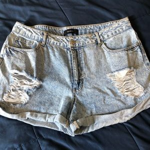 Forever 21+ jean shorts size 14